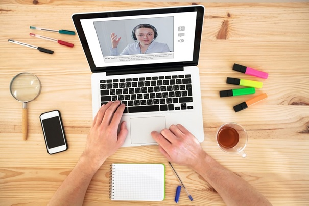 E-korepetycje czyli e-lekcje języka angielskiego i innych języków obcych online w naszej Wirtualnej Klasie